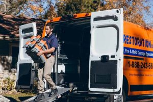 911Restoration-residential-unloading